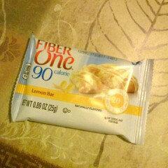 Fiber One 90 Calorie Lemon Bars uploaded by Adriana G.