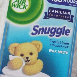 Photo of Air Wick Snuggle Wax Melts Fresh Linen uploaded by Savannah W.