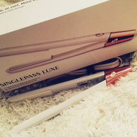 T3 SinglePass Straightening & Styling Iron, 1 uploaded by Amanda W.