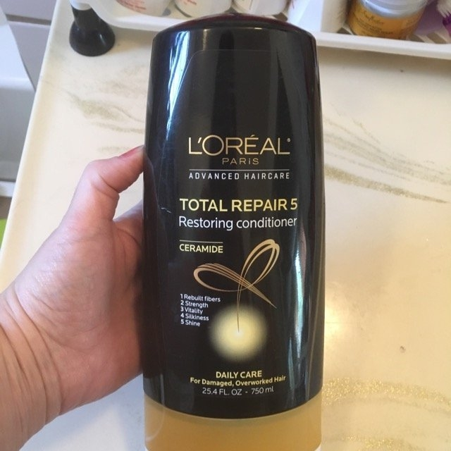 L'Oréal Advanced Haircare Total Repair 5 Restoring Conditioner uploaded by Darlene H.
