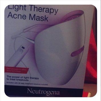 Neutrogena Light Therapy Acne Mask uploaded by Karla R.
