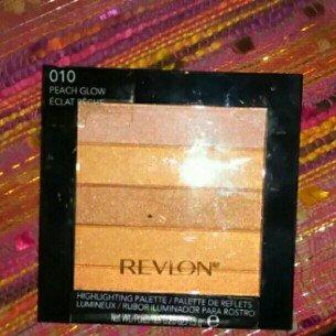 Photo of Revlon Highlighting Palette uploaded by Katelyn O.
