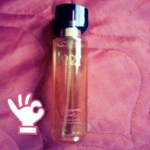 Photo of Victoria's Secret Body Eau De Parfum uploaded by Thaissa R.