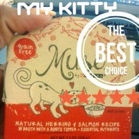 Muse by Purina Natural Herring & Salmon Recipe in Fish Broth Cat Food 2.1 oz. Tub uploaded by Drea J.