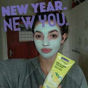 Photo of Freeman Feeling Beautiful Clay Mask Mint & Lemon uploaded by Anzel S.