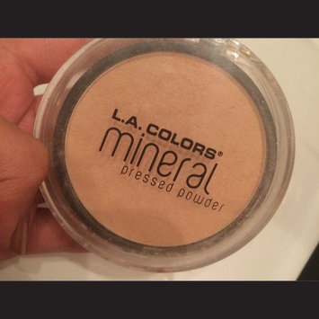 Photo of L.A. Colors Mineral Pressed Powder uploaded by Federica C.
