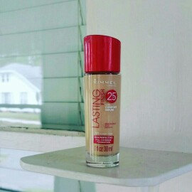 Photo of Rimmel Lasting Finish Foundation uploaded by Rachel D.