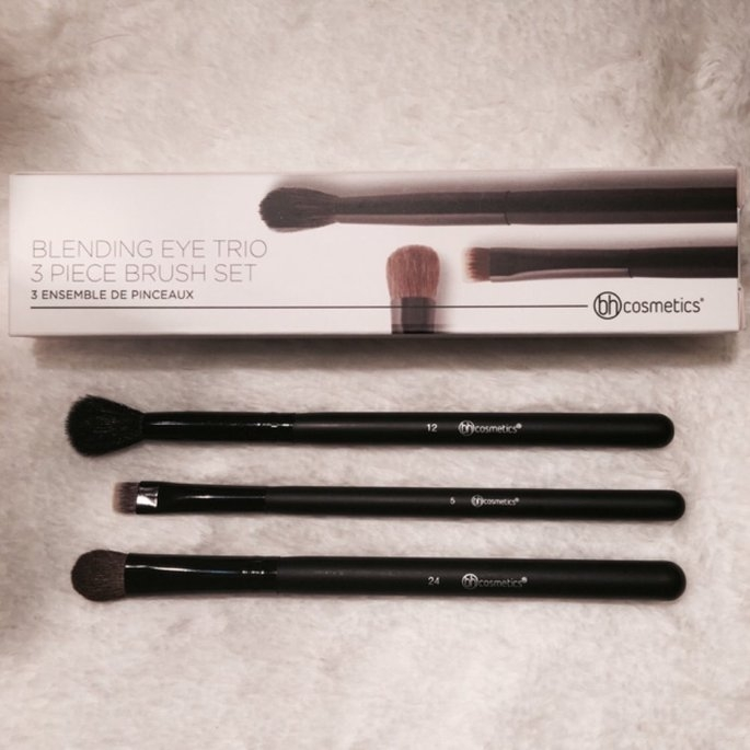 Bh Cosmetics Contour Blending Brush uploaded by Veronica R.