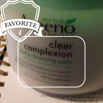 Aveeno Clear Complexion Daily Cleansing Pads uploaded by Elizabeth T.