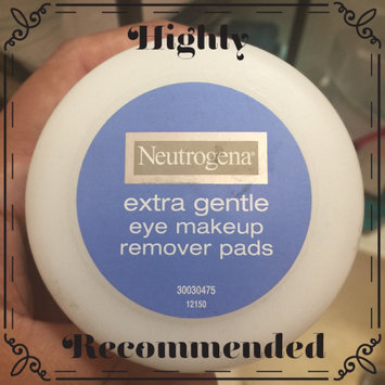 Photo of Neutrogena® Extra Gentle Eye Makeup Remover Pads uploaded by Joanna G.