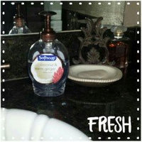 Softsoap® Coconut & Warm Ginger Liquid Hand Soap uploaded by NICOLE R.
