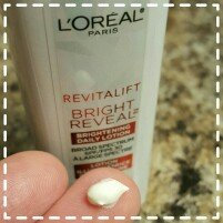 Photo of L'Oréal Paris RevitaLift® Bright Reveal Brightening Day Moisturizer SPF 30 uploaded by Chantal H.