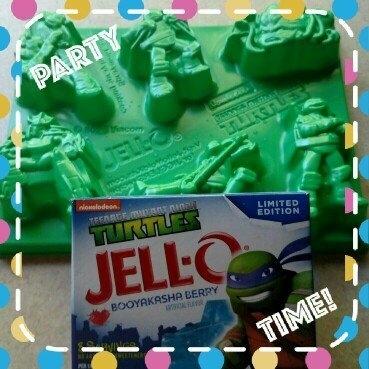Jell-O® Teenage Mutant Ninja Turtles Booyakasha Berry Gelatin Dessert Mix 6 oz. Box uploaded by Julie B.