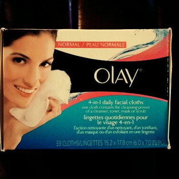 Photo of Olay Daily Facials Daily Clean 4-in-1 Water Activated Cleansing Cloths uploaded by Gisela  F.