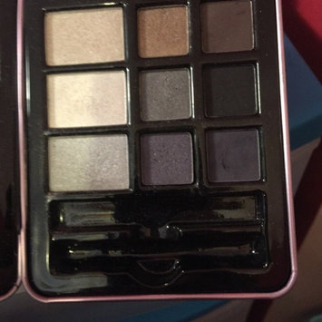 Hard Candy Look Pro Tin Smokey Eyes Smokey Eyeshadow Palette uploaded by Stafford M.