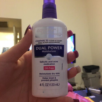 Photo of Equate Beauty Equate Dual Power Moisturizer, 4 fl oz uploaded by Kaitlin C.