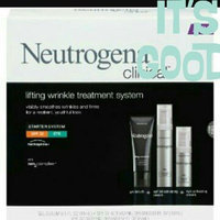 Neutrogena® Clinical Facial Lifting Wrinkle Treatment uploaded by Latifa I.