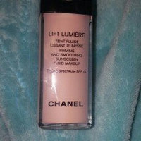 CHANEL Lift Lumière Smoothing And Rejuvenating Eye Contour Concealer uploaded by Diana A.