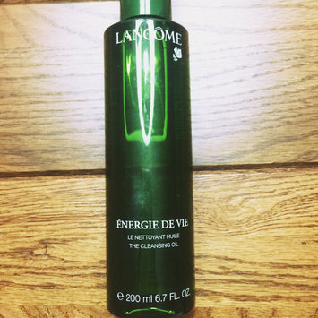 Photo of Lancôme Énergie de Vie The Smoothing & Purifying Cleansing Oil uploaded by Jill P.