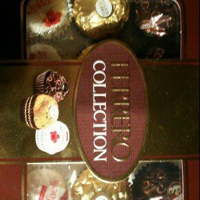 Photo of Ferrero Collection® Fine Assorted Confections uploaded by magdalena C.