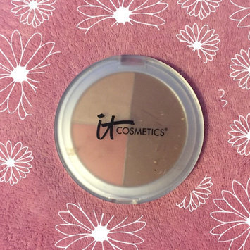 IT Cosmetics CC+ Radiance Vitality Cr me Disc uploaded by claudia e.