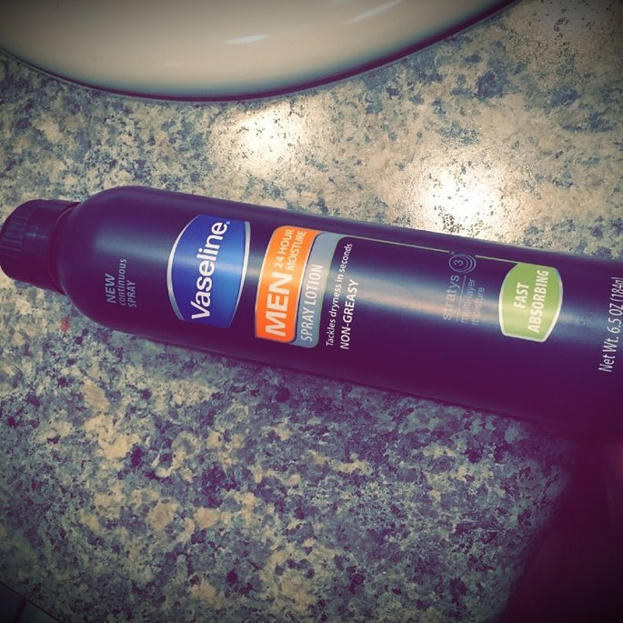 Vaseline® Men Spray Lotion Fast Absorbing uploaded by Melissa B.