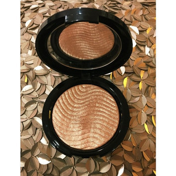 MAKE UP FOR EVER Pro Light Fusion Highlighter 2 Golden uploaded by Claudia Sofia C.