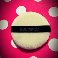 Laura Mercier Velour Puff uploaded by Yaneth M.
