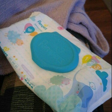Pampers Sensitive Wipes Travel Pack, 56 ea uploaded by Kristin M.