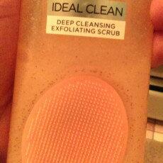 L'Oréal Go 360 Clean Deep Exfoliating Scrub uploaded by Melissa M.