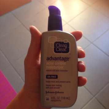 Clean & Clear Advantage Acne Control Moisturizer uploaded by Nicci L.