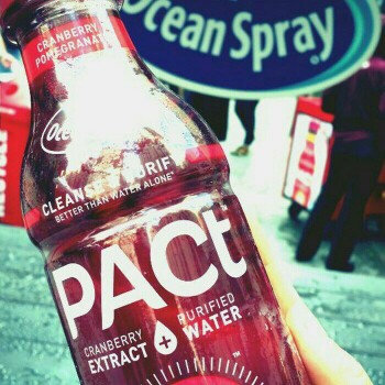 Minute Maid Ocean Spray PACt Cranberry Pomegranate Infused Water Beverage, 16 fl oz uploaded by Maria S.