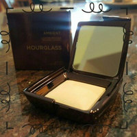 Hourglass Ambient Lighting Powder uploaded by Claudia S.
