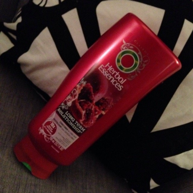 Herbal Essences Long Term Relationship Conditioner for Long Hair uploaded by Alaura M.
