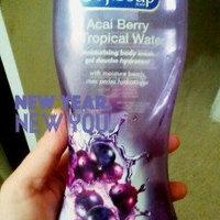 Softsoap® Acai Berry & Tropical Water Moisturizing Body Wash uploaded by Karla M.