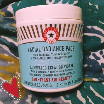 Photo of First Aid Beauty Facial Radiance Pads uploaded by Moira S.