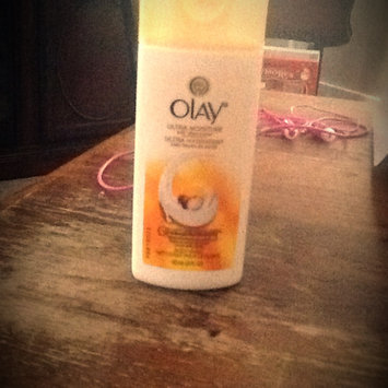 Photo of Olay Ultra Moisture Moisturizing Body Wash with Shea Butter 23.6 Oz uploaded by Chassity H.