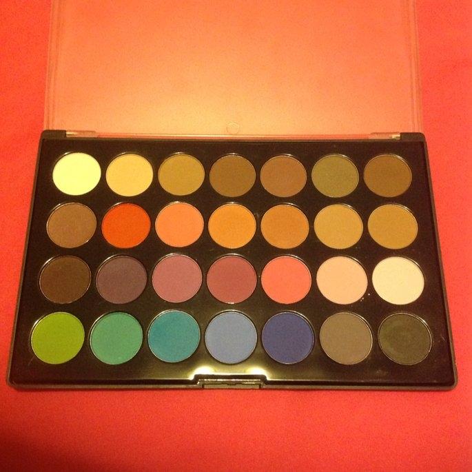 Modern Mattes - 28 Color Eyeshadow Palette uploaded by Elsie F.