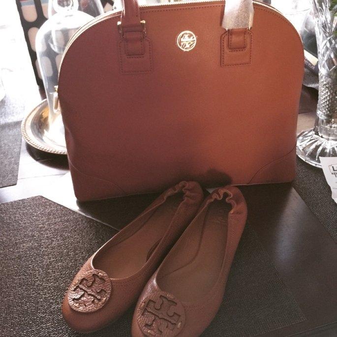 Tory Burch Flat Shoes uploaded by Danii M.