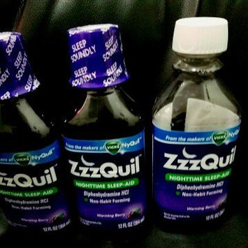 ZzzQuil Nighttime Sleep-Aid Liquid, Warming Berry uploaded by Yematricsii N.