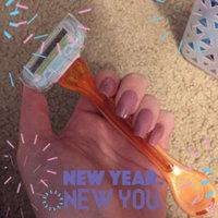 Gillette Venus Embrace Women's Disposable Razor uploaded by Stacy S.