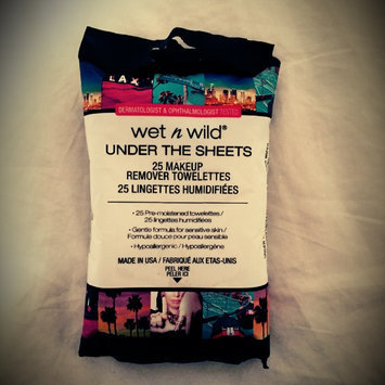Wet 'n' Wild Wet n Wild Under the Sheets Makeup Remover Towelettes, Makeup Remover Wipes, 25 ea uploaded by Elizabeth M.