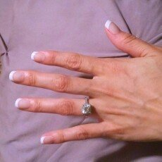 Kiss Everlasting French Pearl French Tip Nails Real Short Length - 28 CT uploaded by maira o.