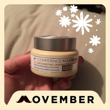 It Cosmetics Confidence in a Cream Transforming Moisturizing Super Cream uploaded by Abbi H.