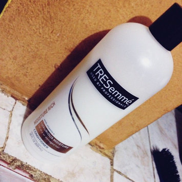 Photo of TRESemmé Moisture Rich Conditioner Luxurious Moisture uploaded by Jenniffer T.