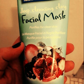 Photo of Freeman Beauty Super fruit Trans Facial Scrub uploaded by Melody G.