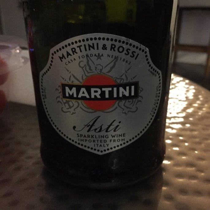 Martini & Rossi Asti Spumante Sparkling Wine uploaded by Michele W.