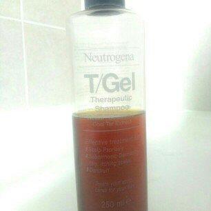 Photo of Neutrogena T/Gel® Therapeutic Shampoo - Original Formula uploaded by Catherine R.