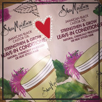 SheaMoisture Shea Butter Leave in Conditioner 8oz uploaded by Jayveonia H.