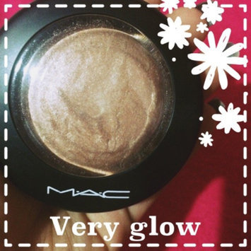 M.A.C MAC mineralize skinfinish LIGHTSCAPADE ~ Fall Colour Angel Flame uploaded by Karelys H.